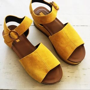 Topshop Yellow Platform Buckle Ankle Sandals